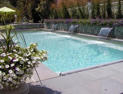 5 เคล็ดลับดูแลสระว่ายน้ำง่ายๆที่คุณควรทำเป็นประจำ