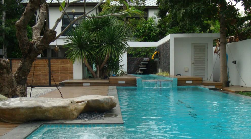 โครงการสระว่ายน้ำบ้าน คุณเปิ้ล นาคร ศิลาชัย